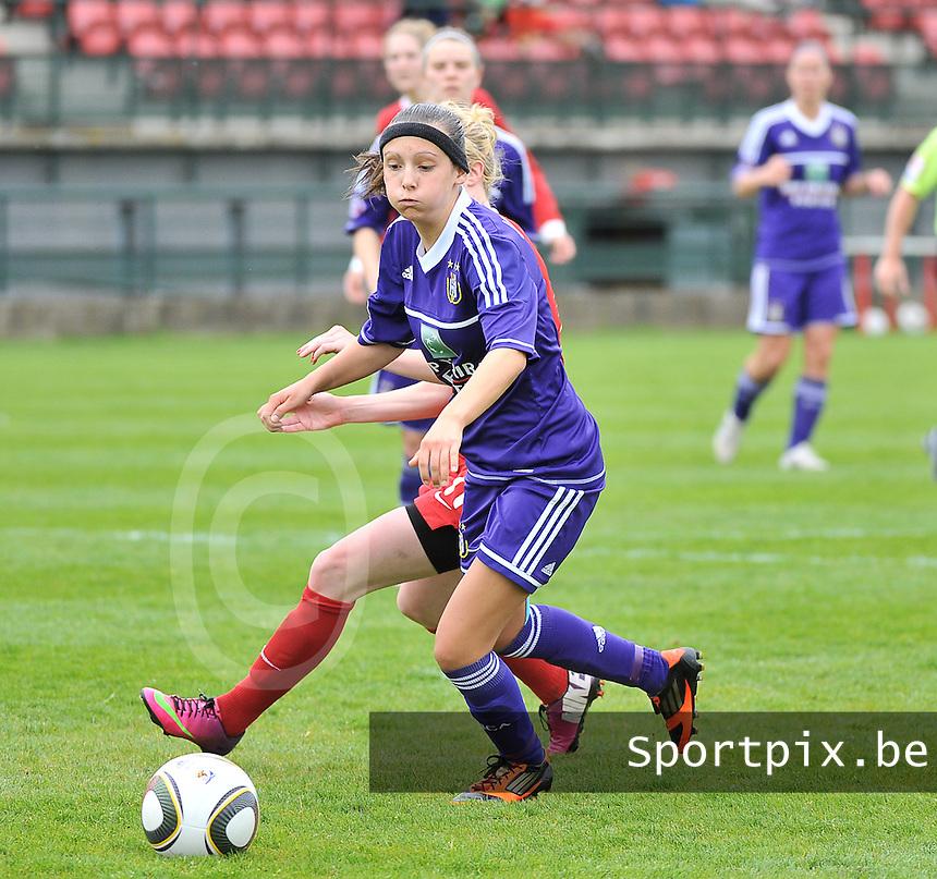 RSC Anderlecht Dames - FC Twente : Anke Vanhooren.foto DAVID CATRY / Nikonpro.be
