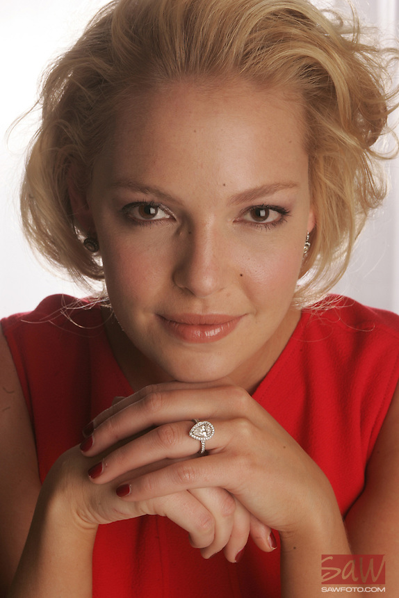 Katherine Heigl, photographed at the four seasons in Los Angeles, December 15, 2007.