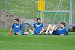 Sitzen auf dem Rasen v.l. Hoffenheims Mark Uth (Nr.19), Hoffenheims Lukas Rupp (Nr.7) und Hoffenheims Havard Nordtveit (Nr.6)  beim Training in der Bundesliga der TSG 1899 Hoffenheim.<br /> <br /> Foto &copy; PIX-Sportfotos *** Foto ist honorarpflichtig! *** Auf Anfrage in hoeherer Qualitaet/Aufloesung. Belegexemplar erbeten. Veroeffentlichung ausschliesslich fuer journalistisch-publizistische Zwecke. For editorial use only.