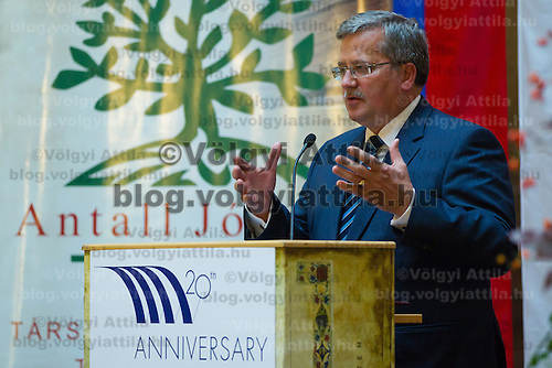 Bronislaw Komorowski President of Poland delivers his speech during the Conference on the Economy Potence of the Central Europe region held at the Corvinus University in Budapest, Hungary on October 07, 2011. ATTILA VOLGYI