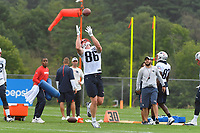 July 26, 2018: New England Patriots tight end Troy Niklas (86) gets under the ball for a catch at the New England Patriots training camp held on the practice fields at Gillette Stadium, in Foxborough, Massachusetts. Eric Canha/CSM