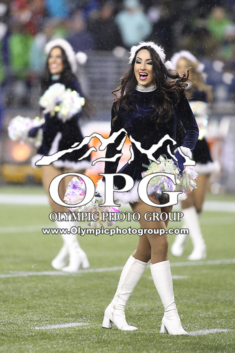Dec 23, 2012:  Seattle Sea Gals entertained fans through out the game against San Francisco at Century Link Stadium in Seattle WA.  Seattle defeated San Francisco 42-13.