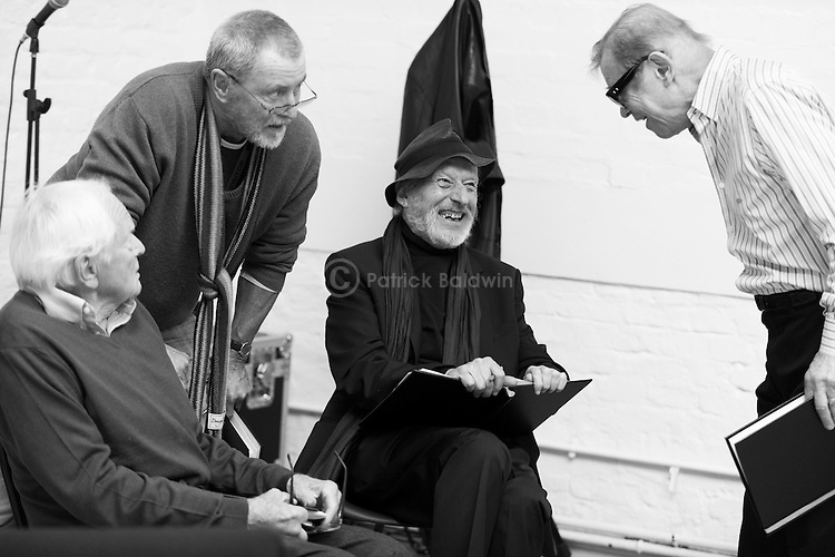 """King Lear"" rehearsed reading rehearsals. Old Vic Theatre. Director: Jonathan Miller. L to R: Robert Young, John Nettles, Vernon Dobtcheff, Michael York."