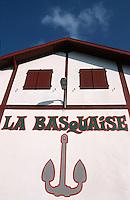 """Europe/France/Aquitaine/64/Pyrénées-Atlantiques/Ciboure: Détail de la coopérative maritime """"La Basquaise"""" sur le port"""