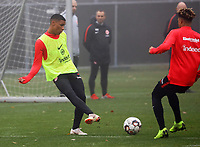 U19 Talent Justin Kabuya gegen Jonathan de Guzman (Eintracht Frankfurt)- 14.11.2018: Eintracht Frankfurt Training, Commerzbank Arena, DISCLAIMER: DFL regulations prohibit any use of photographs as image sequences and/or quasi-video.