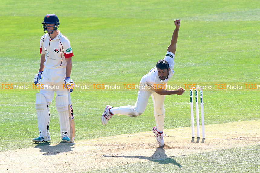 Ravi Bopara in bowling action for Essex during Essex CCC vs Lancashire CCC, Specsavers County Championship Division 1 Cricket at The Cloudfm County Ground on 9th April 2017