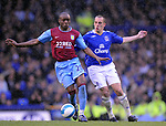 Nigel Reo-Coker of Aston Vila and Leon Osman of Everton during the Premier League match at Goodison Park  Stadium, Liverpool. Picture date 27th April 2008. Picture credit should read: Simon Bellis/Sportimage