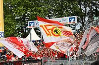 Fans von Union Berlin - 28.04.2018: SV Darmstadt 98 vs. 1. FC Union Berlin, Stadion am Boellenfalltor, 32. Spieltag 2. Bundesliga