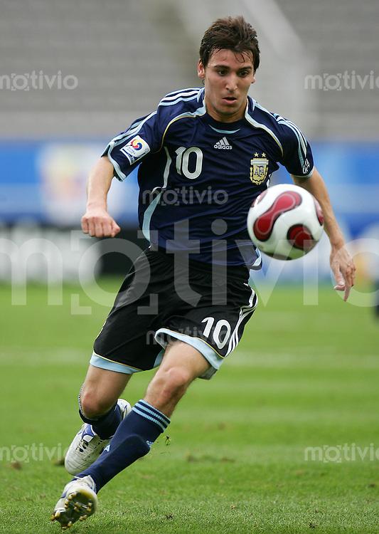 Fussball International U17 WM  Argentinien - Costa Rica Argentina - Costa Rica Santiago FERNANDEZ (ARG).