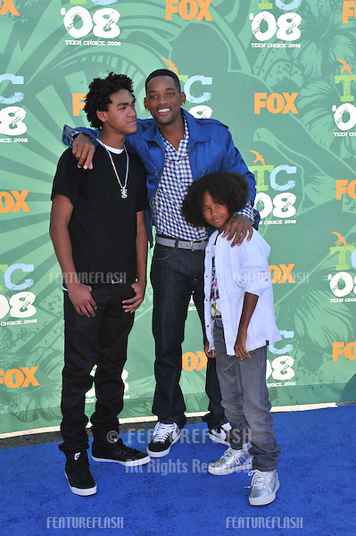 Will Smith & sons Trey & Jaden at the 2008 Teen Choice Awards at Universal Studios, Hollywood. .August 3, 2008  Los Angeles, CA..Picture: Paul Smith / Featureflash