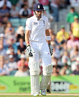 Joe Root of England walks off after losing his wicket - England vs Australia - 5th day of the 5th Investec Ashes Test match at The Kia Oval, London - 25/08/13 - MANDATORY CREDIT: Rob Newell/TGSPHOTO - Self billing applies where appropriate - 0845 094 6026 - contact@tgsphoto.co.uk - NO UNPAID USE