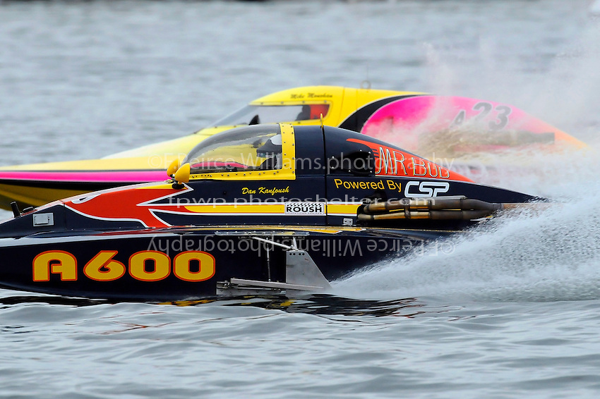 "13-14 June, 2009, APBA Inboards, Walled Lake, Novi, MI. USA.Dan Kanfoush, A-600 ""Mr.Bud"", 2.5 Mod hydroplane, Mike Monohan, A-23 ""Geezerboat"", 2.5 Mod hydroplane.©F. Peirce Williams 2009 USA.F.Peirce Williams.photography.ref: RAW (.NEF) File Available"