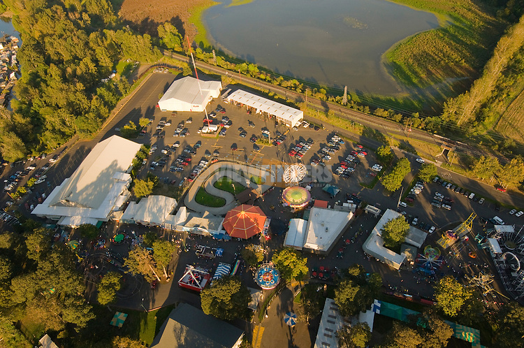Aerial View of Oaks Bottom Amusement Park, Portland, Oregon