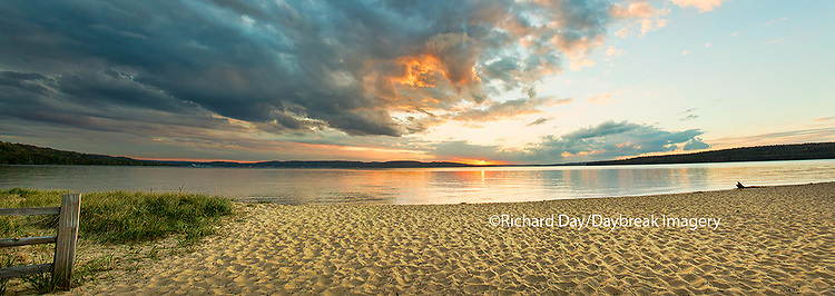 64795-01514 Sunset on South Bay, Lake Superior, Munising, Upper Peninsula, MI