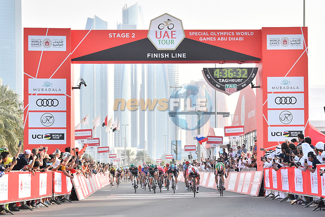 Fernando Gaviria (COL) UAE Team Emirates outsprints lia Viviani (ITA) Deceuninck-Quick Step to win Stage 2 of the 2019 UAE Tour, running 184km form Yas Island Yas Mall to Abu Dhabi Breakwater Big Flag, Abu Dhabi, United Arab Emirates. 25th February 2019.<br /> Picture: LaPresse/Massimo Paolone | Cyclefile<br /> <br /> <br /> All photos usage must carry mandatory copyright credit (© Cyclefile | LaPresse/Massimo Paolone)