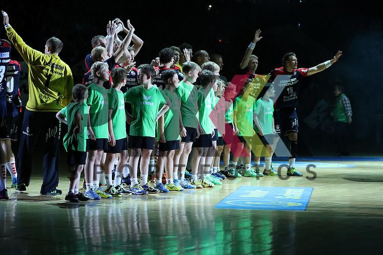 Flensburg, 16.05.2015, Sport, Handball, DKB Handball Bundesliga, Saison 2014/2015, SG Flensburg-Handewitt - TBV Lemgo :<br /> <br /> Foto &copy; P-I-X.org *** Foto ist honorarpflichtig! *** Auf Anfrage in hoeherer Qualitaet/Aufloesung. Belegexemplar erbeten. Veroeffentlichung ausschliesslich fuer journalistisch-publizistische Zwecke. For editorial use only.