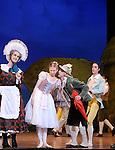 LA FILLE MAL GARDEE....Choregraphie : ASHTON Frederick..Compositeur : HEROLD Louis joseph Ferdinand..Compagnie : Ballet de l Opera National de Paris..Orchestre : Orchestre de l Opera National de Paris..Decor : LANCASTER Osbert..Lumiere : THOMSON George..Costumes : LANCASTER Osbert..Avec :..OULD BRAHAM Myriam..HEYMANN Mathias..PHAVORIN Stephane..VALASTRO Simon..Lieu : Opera Garnier..Ville : Paris..Le : 26 06 2009..© Laurent PAILLIER / www.photosdedanse.com..All rights reserved