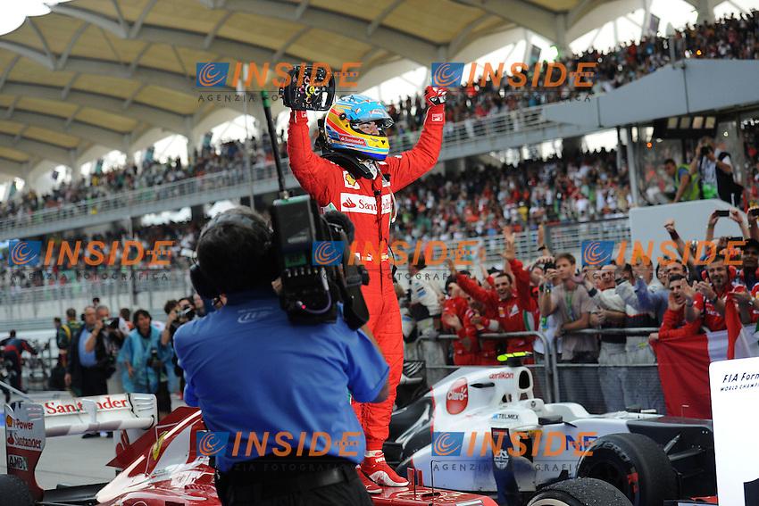 Ferrari Spanish Driver Fernando Alonso celebrating in parc ferme.25/03/2012 Grand Prix Malesia, Sepang , Essais..Foto Insidefoto  /Bernard Asset / Panoramic.ITALY ONLY..