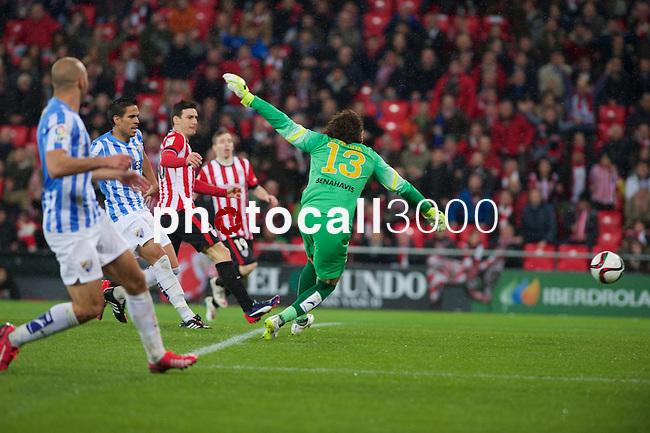 Football match during La Copa del rey, between the teams Athletic Club and Malaga CF<br /> Bilbao, 30-01-14<br /> aduriz scores the goal<br /> Rafa Marrodán&Alex Zugaza/PHOTOCALL3000