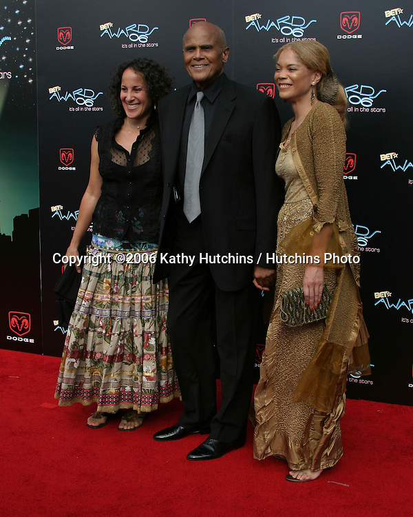 Harry Belafante & family.BET Awards 2006.Shrine Auditorium.Los Angeles, CA.January 27, 2006.©2006 Kathy Hutchins / Hutchins Photo....