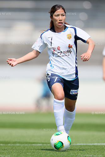 Emi Nakajima (Leonessa), MAY 4, 2013 - Football /Soccer : Plenus Nadeshiko League 2013 between Urawa Reds Ladies 0-3  INAC Kobe Leonessa at Urawa Komaba Stadium, Saitama, Japan. (Photo by Yusuke Nakanishi/AFLO SPORT)