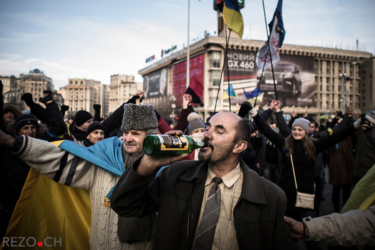 Kiev, Ukraine - 28 nov 2013: A drunk guy came to attend euromaidan meetings before being evacuated by movement's security crew. Credit: Niels Ackermann / Rezo.ch
