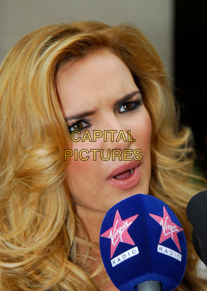 NADINE COYLE - GIRLS ALOUD.The Q Awards 2006, Grosvenor House Hotel, London, UK. .October 30th, 2006.Ref: IA.headshot portrait .www.capitalpictures.com.sales@capitalpictures.com.©Ian Allis/Capital Pictures