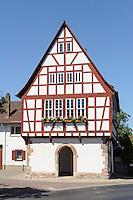 Historisches Rathaus von 1548 in  Pflaumheim im Kreis Aschaffenburg, Bayern, Deutschland