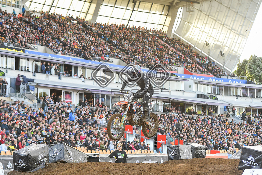 Ben Townley (NZ)<br /> 2018 SX Open - Auckland / SX 1<br /> FIM Oceania Supercross Championships<br /> Mt Smart Stadium / Auckland NZ<br /> Saturday Nov 24th 2018<br /> © Sport the library/ Jeff Crow / AME