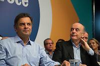SAO PAULO, SP, 16.05.2014. ELEICAO 2014. AECIO NEVES.O senador e pre candidato do Partido da Social Democracia Brasileira (PSDB) a presid&ecirc;ncia da republica, Aecio Neves e o ex governador Jose Serra, durante encontro com lideran&ccedil;as do PSDB da regi&atilde;o oeste da grande S&atilde;o Paulo. o evento ocorreu no centro cultural Wurth, na cidade de Cotia. <br />  (Foto: Adriana Spaca/Brazil Photo Press)
