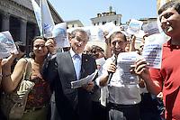 Roma , 19 Luglio 2012.Piazza del Pantheon.Il Popolo della Libertà inizia la campagna per chiedere l'elezione diretta del Presidente della Repubblica. Nella foto Ignazio La Russa e Antonio Mazzocchi.