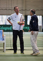 Hilversum, The Netherlands, 05.03.2014. NOVK ,Nat.Indoor Veterans Championships of 2014, Gerard Scholtes (NED) in discussion with chief umpire Eric Savalle<br /> Photo:Tennisimages/Henk Koster