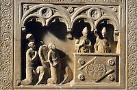 Italien, Toskana, Massa Marittima, Sarkophag des heiligen Zerbonius im Dom