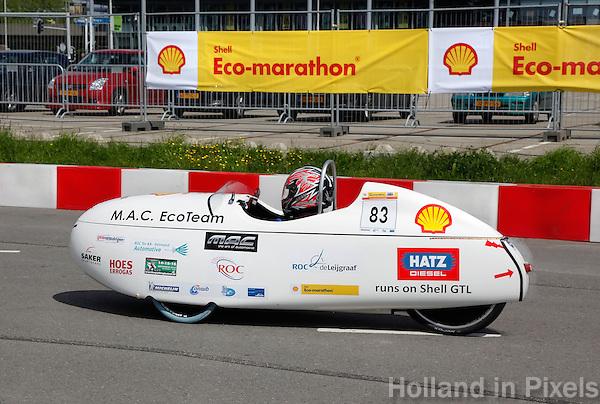 Eco-Marathon met energiezuinige auto's  in Rotterdam