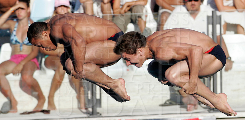 France's Damien Cely and Matthieu Rosset compete in the men 3-meter synchro springboard diving finals at the Swimming World Championships in Rome, 18 July 2009..UPDATE IMAGES PRESS/Riccardo De Luca