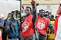 NAPOLES, ITALIA, 06.12.2018 - PROTESTO-ITALIA - Protesto de migrantes e refugiados em Nápoles na Itália nesta quinta-feira, 06. (Foto: Salvatori Esposito/Brazil Photo Press)