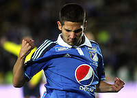 BOGOTA -COLOMBIA , 16 -JULIO-2014. Jhonatan Agudelo  de Millonarios celebra su gol contra el River Plate de Argentina  durante partido amistoso y de preparacion para los dos equipos para el torneo local respectivamente  y la Copa Suramericana 2014, jugado en el estadio El Campin./ Jhonatan Agudelo  of Millonarios of Colombia celebrates his goal  against of  River Plate of Argentina in friendly match and preparation for both teams for the local tournament and South America respectively Cup 2014, played at El Campin. Photo: VizzorImage / Felipe Caicedo / Staff