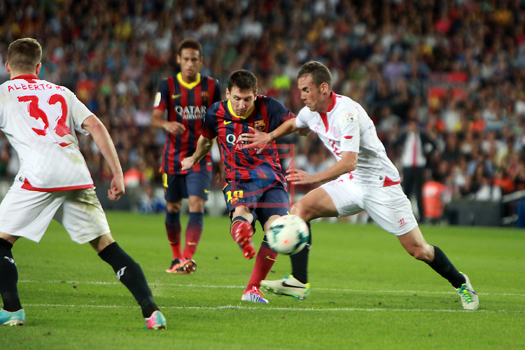 League BBVA 2013/2014 - Game: 04.<br /> 2013-09-14: FC Barcelona vs Sevilla FC: 3-2.<br /> Lionel Messi vs Fernando Navarro.