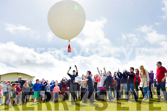 International Space University - Space Studies Program 2017 visits the Valentia Observatory in Cahersiveen to launch a weather balloon with a payload of instruments to be recovered for later analysis, pictured l-r; Liam Foley(ISU student) from Killorglin, James Grandfield(Irish Rocketry Soc.) from Portmagee & Cory Newman(Lecturer ISU Engineering Dept.).