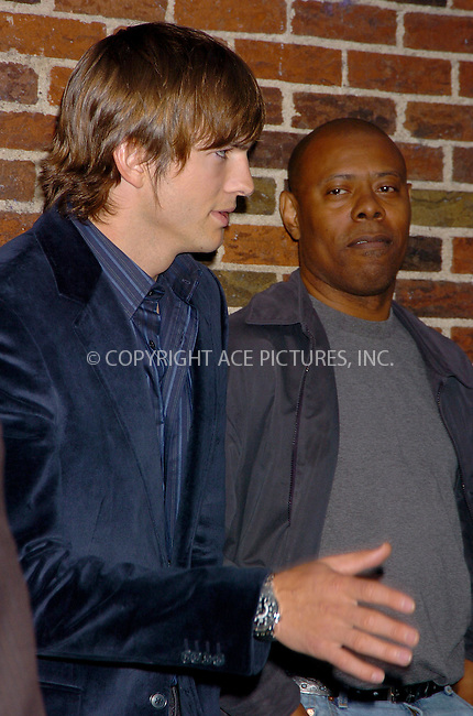WWW.ACEPIXS.COM . . . . .  ....NEW YORK, SEPTERMBER 12, 2006....Ashton Kutcher leaving after making a guest appearance at The Late Night with David Letterman Show.....Please byline: AJ Sokalner - ACEPIXS.COM.... *** ***..Ace Pictures, Inc:  ..(212) 243-8787 or (646) 769 0430..e-mail: picturedesk@acepixs.com..web: http://www.acepixs.com