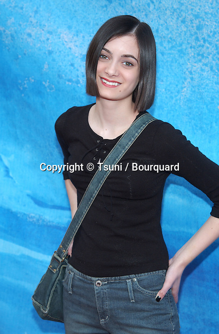 "Haley Hudson (Freaky Friday) arriving at the premiere of ""Treasure Planet"" at the Cinerama Dome in Los Angeles. November 17, 2002.           -            HudsonHaley49.jpg"