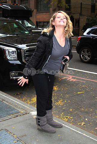 NEW YOK, NY - NOVEMBER 9: Sara Haines  seen in New York City on November 9, 2017. Credit: RW/MediaPunch