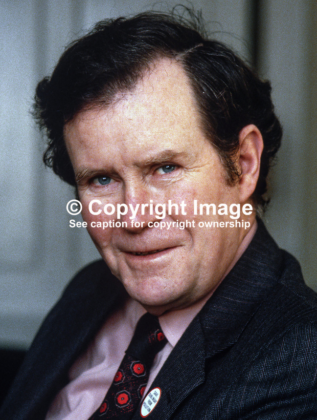Sean Dublin Bay Rockall Loftus, independent politician, Dublin, Rep of Ireland, 19800005a..Copyright Image from Victor Patterson, 54 Dorchester Park, Belfast, UK, BT9 6RJ..Tel: +44 28 9066 1296.Mob: +44 7802 353836.Voicemail +44 20 8816 7153.Skype: victorpattersonbelfast.Email: victorpatterson@me.com.Email: victorpatterson@ireland.com (back-up)..IMPORTANT: If you wish to use this image or any other of my images please go to www.victorpatterson.com and click on the Terms & Conditions. Then contact me by email or phone with the reference number(s) of the image(s) concerned.