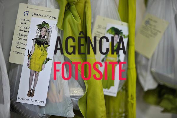 Foto :  Ag&ecirc;ncia Fotosite<br /> <br /> Belo Horizonte, Brasil &ndash; 10/05/2011 - Minas Trend Preview - Verao 2012. <br /> <br /> <br /> &Eacute; obrigat&oacute;ria a men&ccedil;&atilde;o do cr&eacute;dito:  &copy; Ag&ecirc;ncia Fotosite em todas as fotos.<br /> www.agenciafotosite.com.br