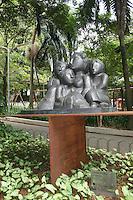ATENCAO EDITOR: FOTO EMBARGADA PARA VEICULOS INTERNACIONAIS. – SAO PAULO - SP – 05 DE NOVEMBRO 2012 – INAUGURACAO ESTATUA LASAR SEGALL - Inauguracao da Estatua Lasar Segall no Parque Buenos Aires, na regiao central da capital paulista, nesta segunda-feira, 05. (FOTO: MAURICIO CAMARGO / BRAZIL PHOTO PRESS).