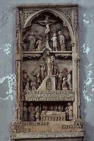 Europe/France/Limousin/23/Creuse/Env de Chénérailles: Eglise - haut-relief du début du XIVème