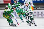 Stockholm 2014-03-01 Bandy SM-semifinal 1 Hammarby IF - V&auml;ster&aring;s SK :  <br /> V&auml;ster&aring;s Ted Bergstr&ouml;m i kamp om bollen med Hammarbys Adam Gilljam <br /> (Foto: Kenta J&ouml;nsson) Nyckelord:  VSK Bajen HIF