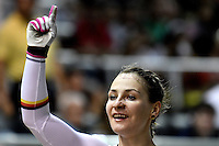 CALI – COLOMBIA – 18-02-2017: Kristina Vogel de Alemania, gana medalla de oro en la prueba de Velocidad Damas, en el Velodromo Alcides Nieto Patiño, sede de la III Valida de la Copa Mundo UCI de Pista de Cali 2017. / Kristina Vogel from Alemania, win a gold medal in the Women´s Sprint final Race at the Alcides Nieto Patiño Velodrome, home of the III Valid of the World Cup UCI de Cali Track 2017. Photo: VizzorImage / Luis Ramirez / Staff.