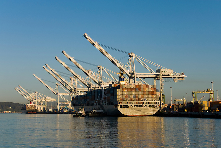 California: Container shipping at Port of Oakland. Photo copyright Lee Foster. Photo # casanf78979