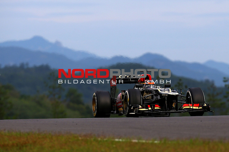 Kimi Raikkonen (FIN), Lotus Renault F1 Team <br /> for Austria &amp; Germany Media usage only!<br />  Foto &copy; nph / Mathis